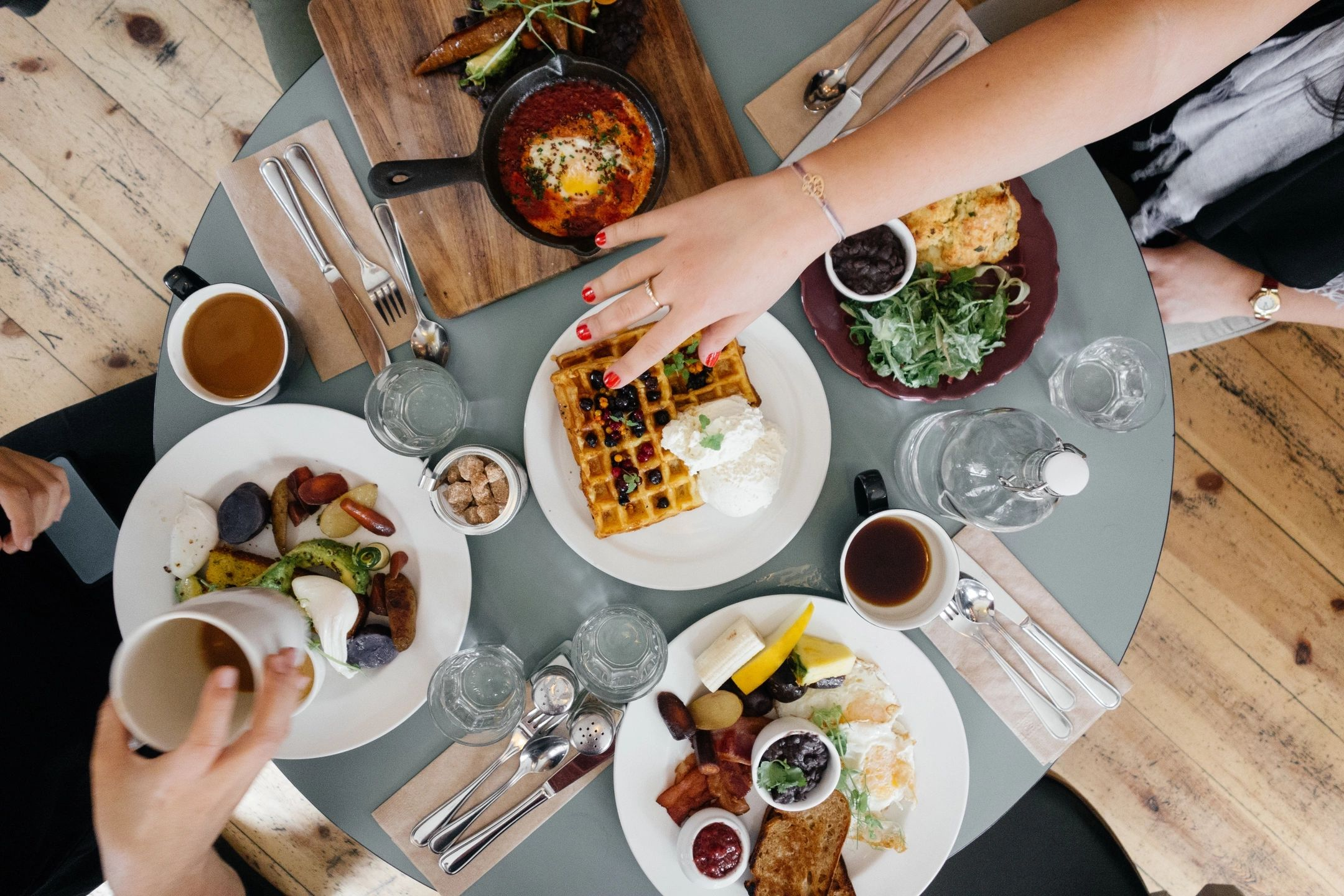 How to Overcome Weekend Overeating